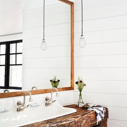 Muskoka Cottage - Bathroom