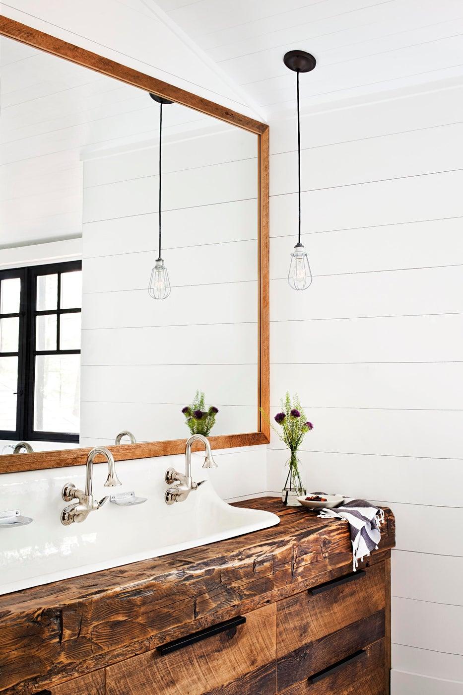 Muskoka Cottage - Bathroom