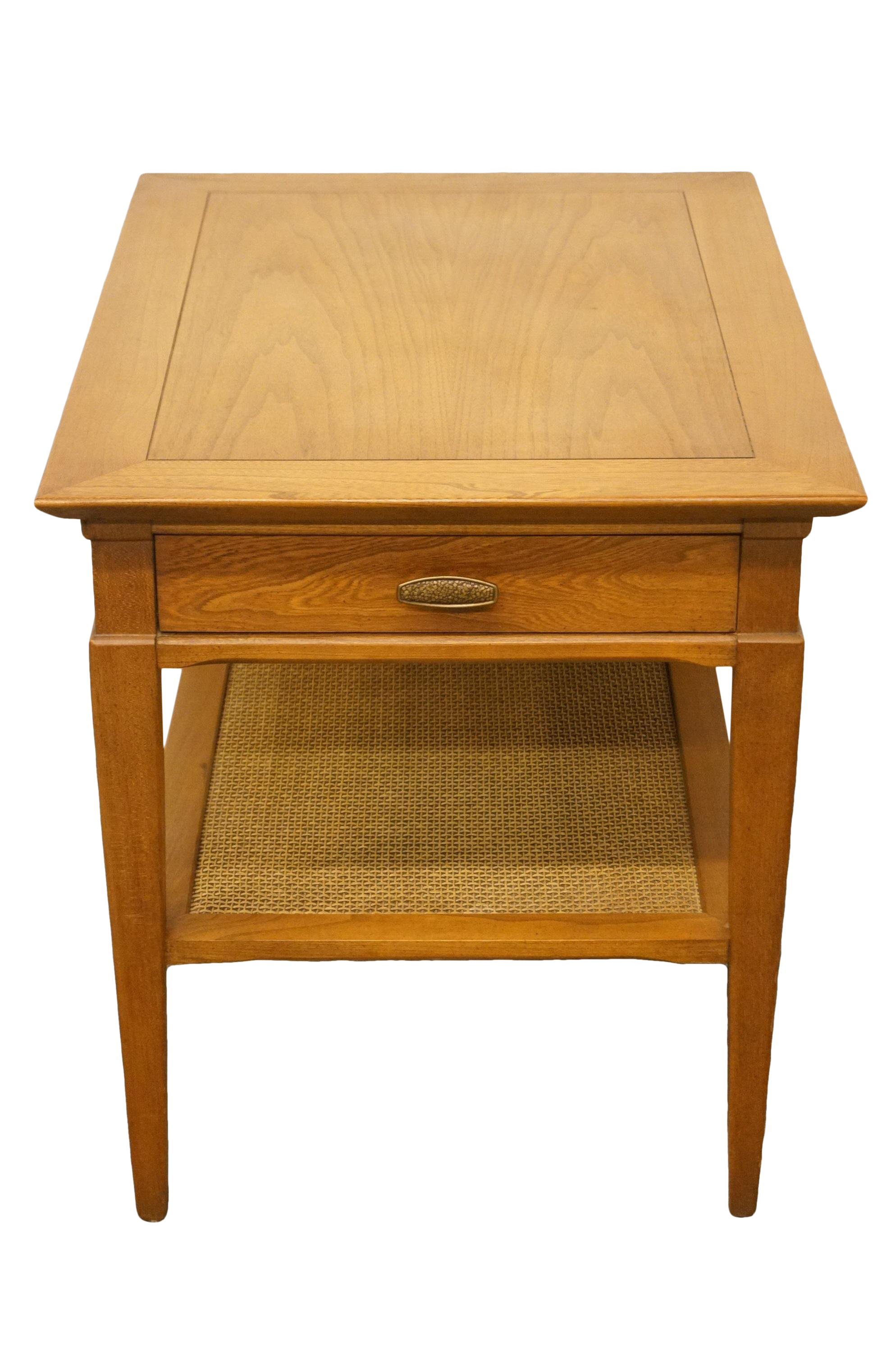 20th Century Country Hammary Furniture Solid Oak Tiered Accent Table