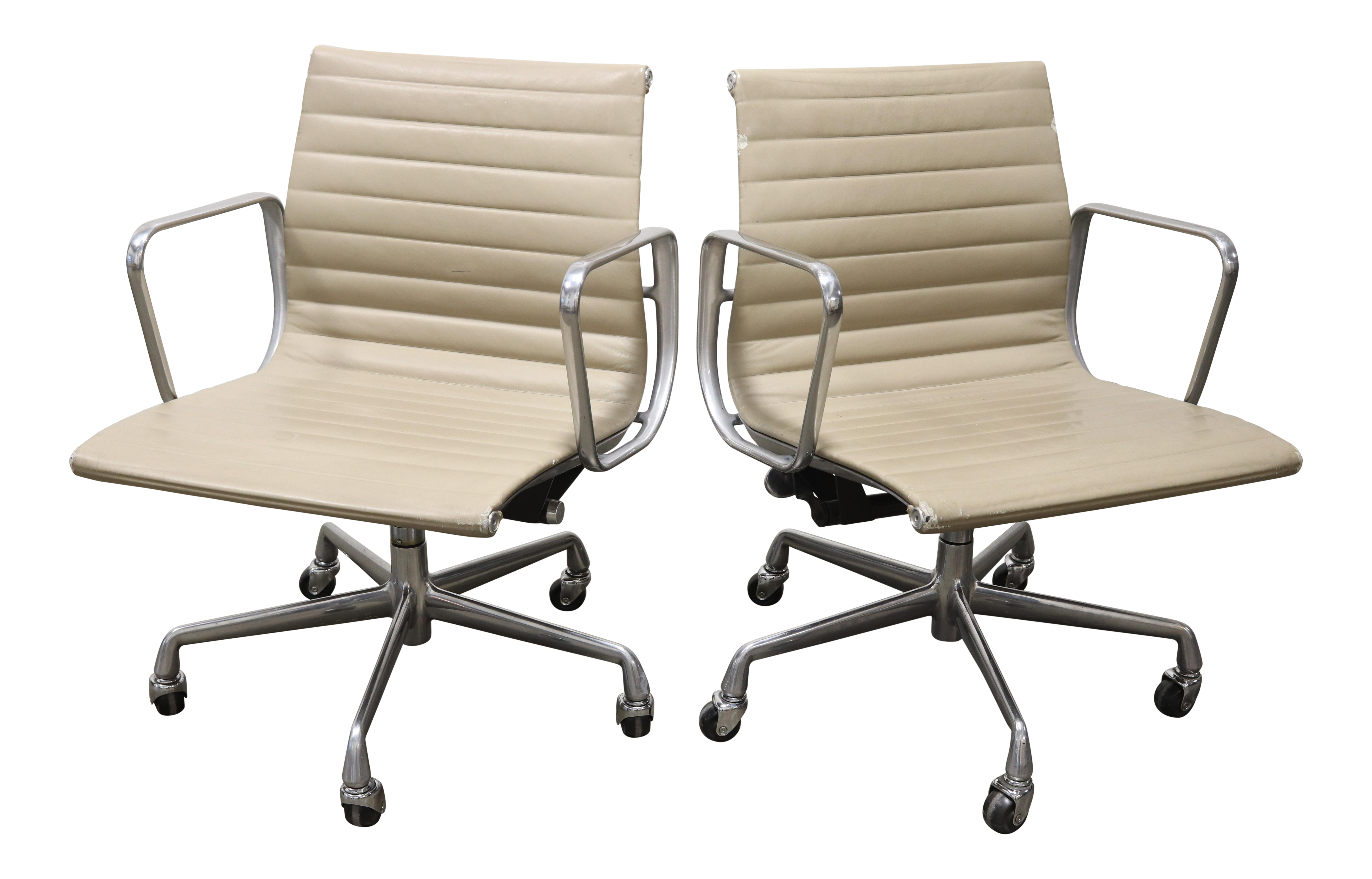Eames Aluminum Group Management Chair & Eames Aluminum Group ...