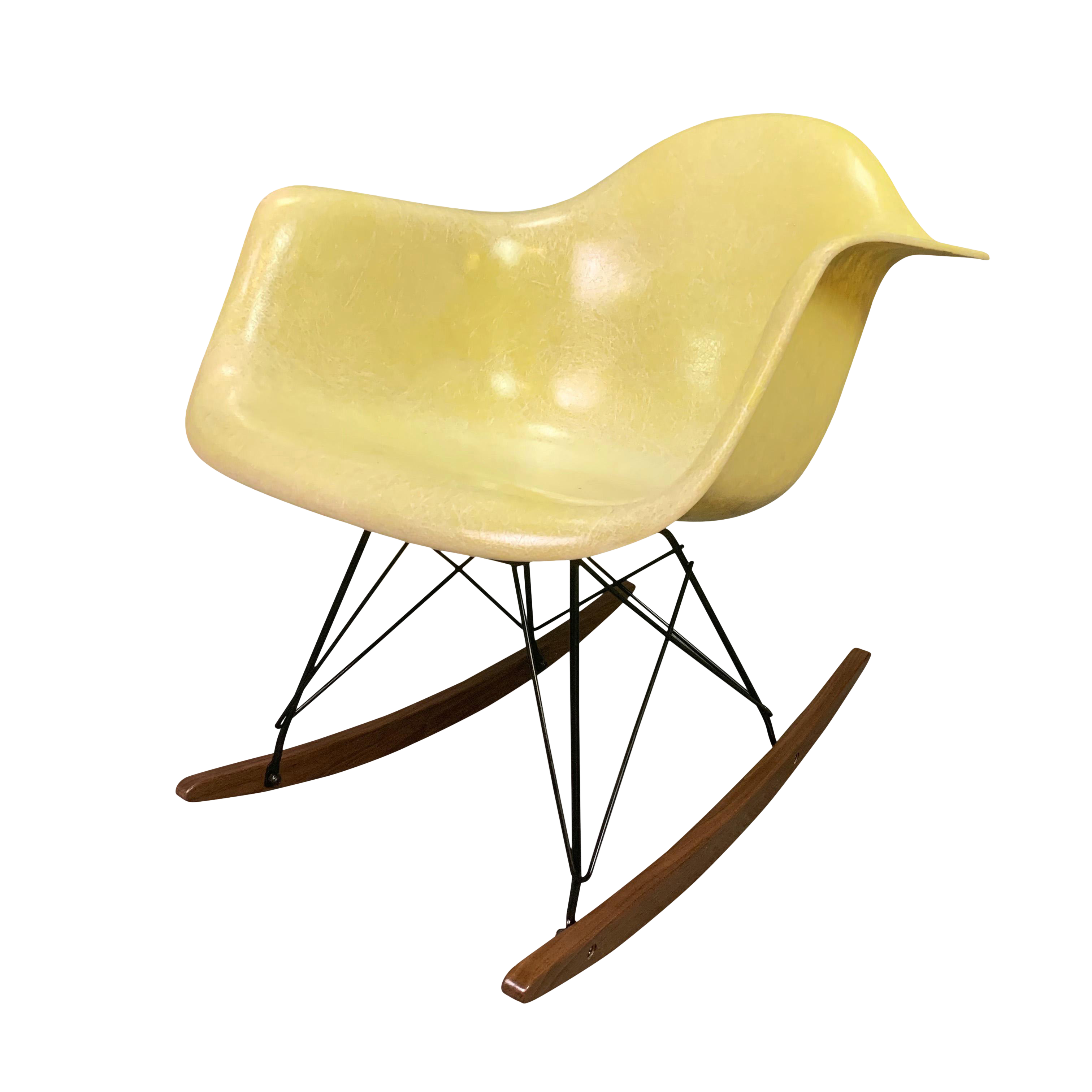 Admirable Vintage Mid Century Charles Eames Fiberglass Rocking Chair Unemploymentrelief Wooden Chair Designs For Living Room Unemploymentrelieforg
