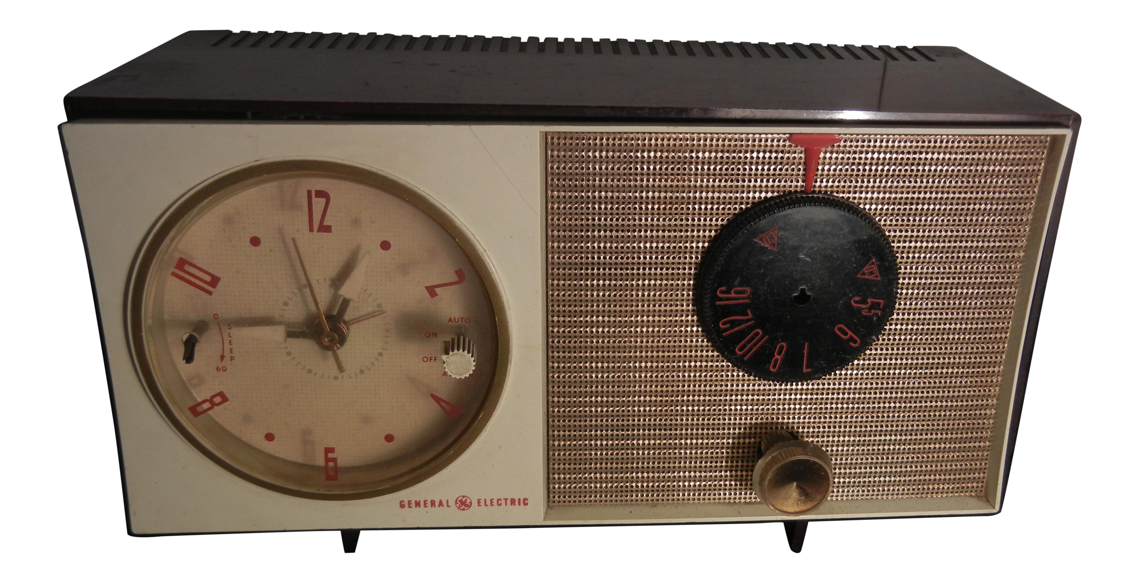 1960s vintage art deco general electric clock radio chairish for Kitchen cabinet trends 2018 combined with wall clock art deco