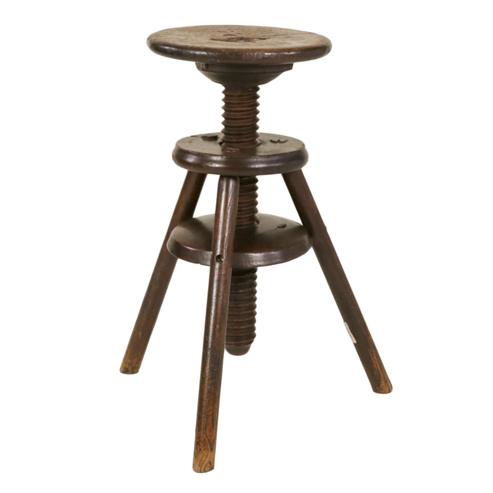 Cool 1870S English Oak Three Legged Adjustable Artist Stool Download Free Architecture Designs Embacsunscenecom