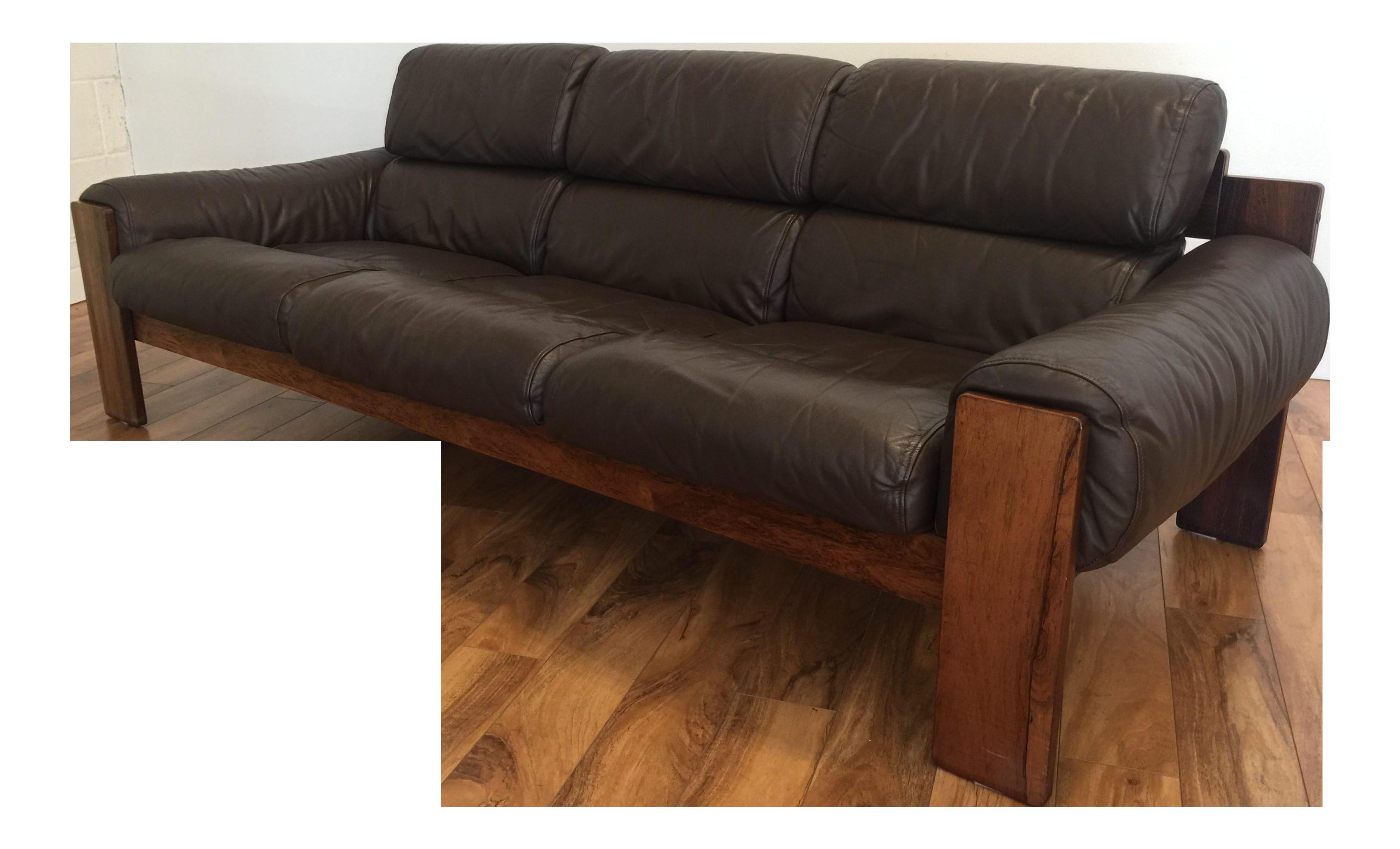 Late 1960s Uu Vee Kaluste Oy Of Finland Mid Century Modern  ~ Leather Mid Century Modern Sofa