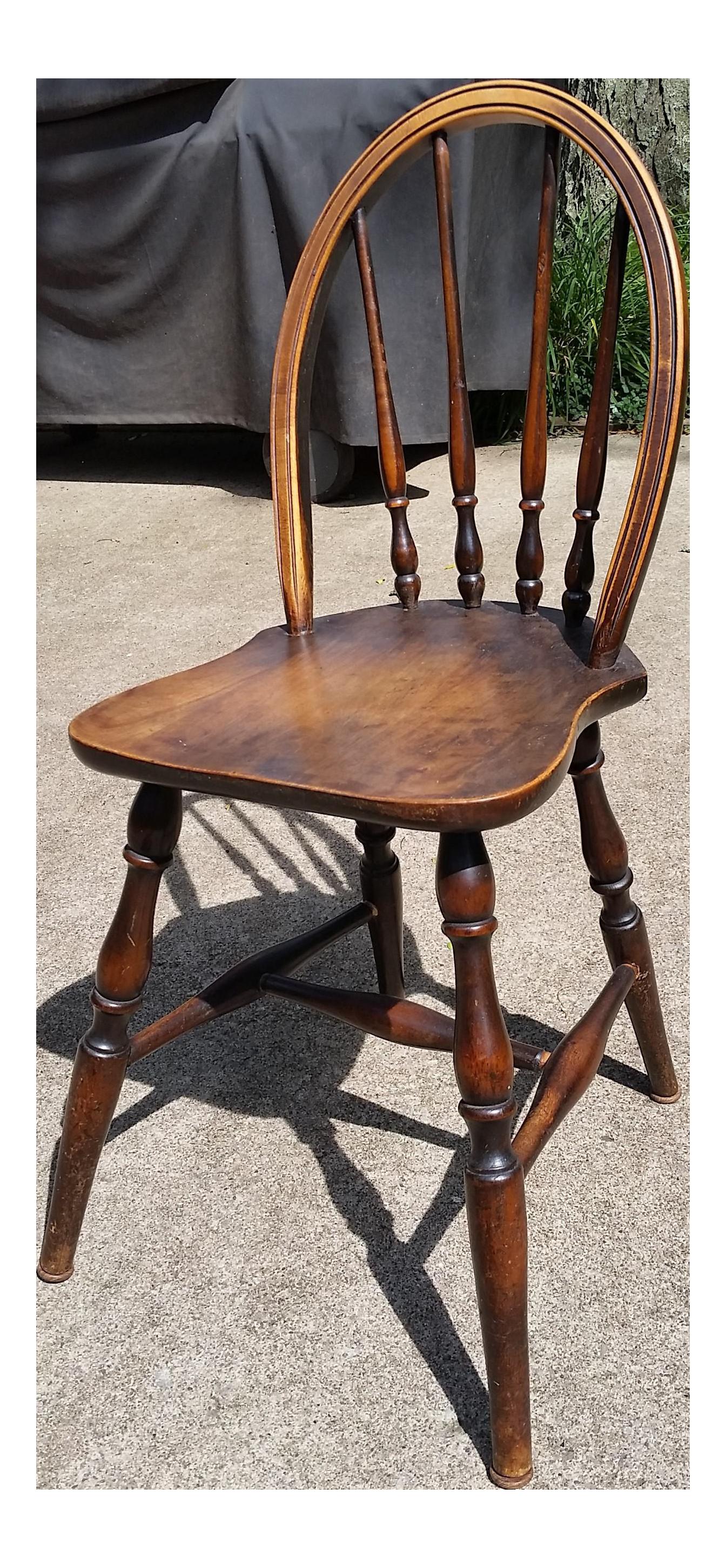 Antique Children's Williamsburg Style Bentwood Spindle Back Chair | Chairish - Antique Children's Williamsburg Style Bentwood Spindle Back Chair