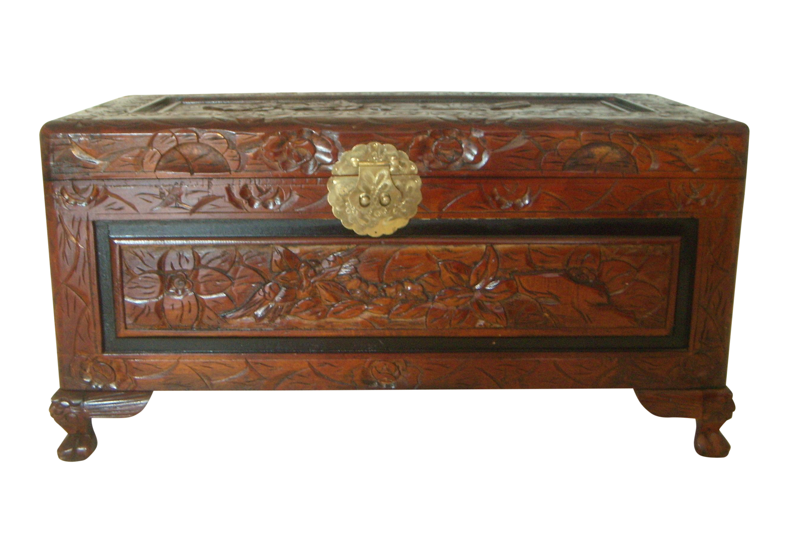 Charmant Vintage Chinese Hand Carved Wood Storage Trunk / Blanket Chest | Chairish