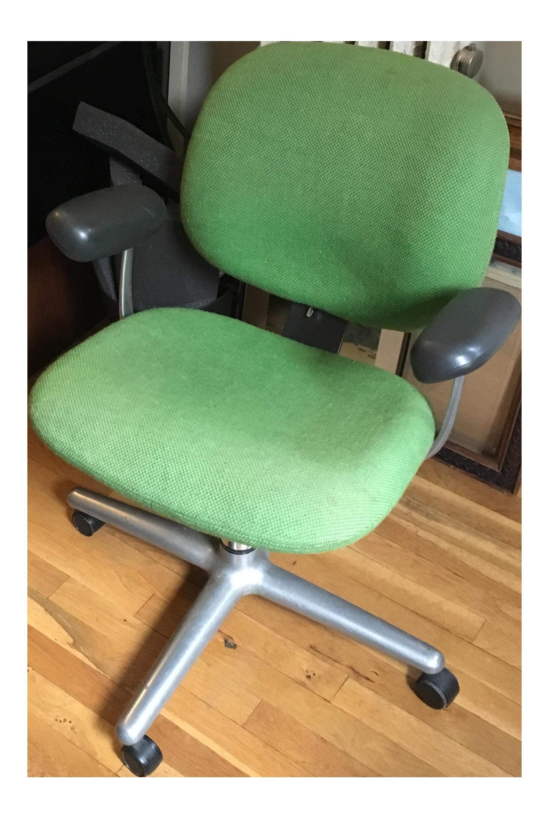 Image of: Vintage 1970s Herman Miller Ergon Office Chair Chairish