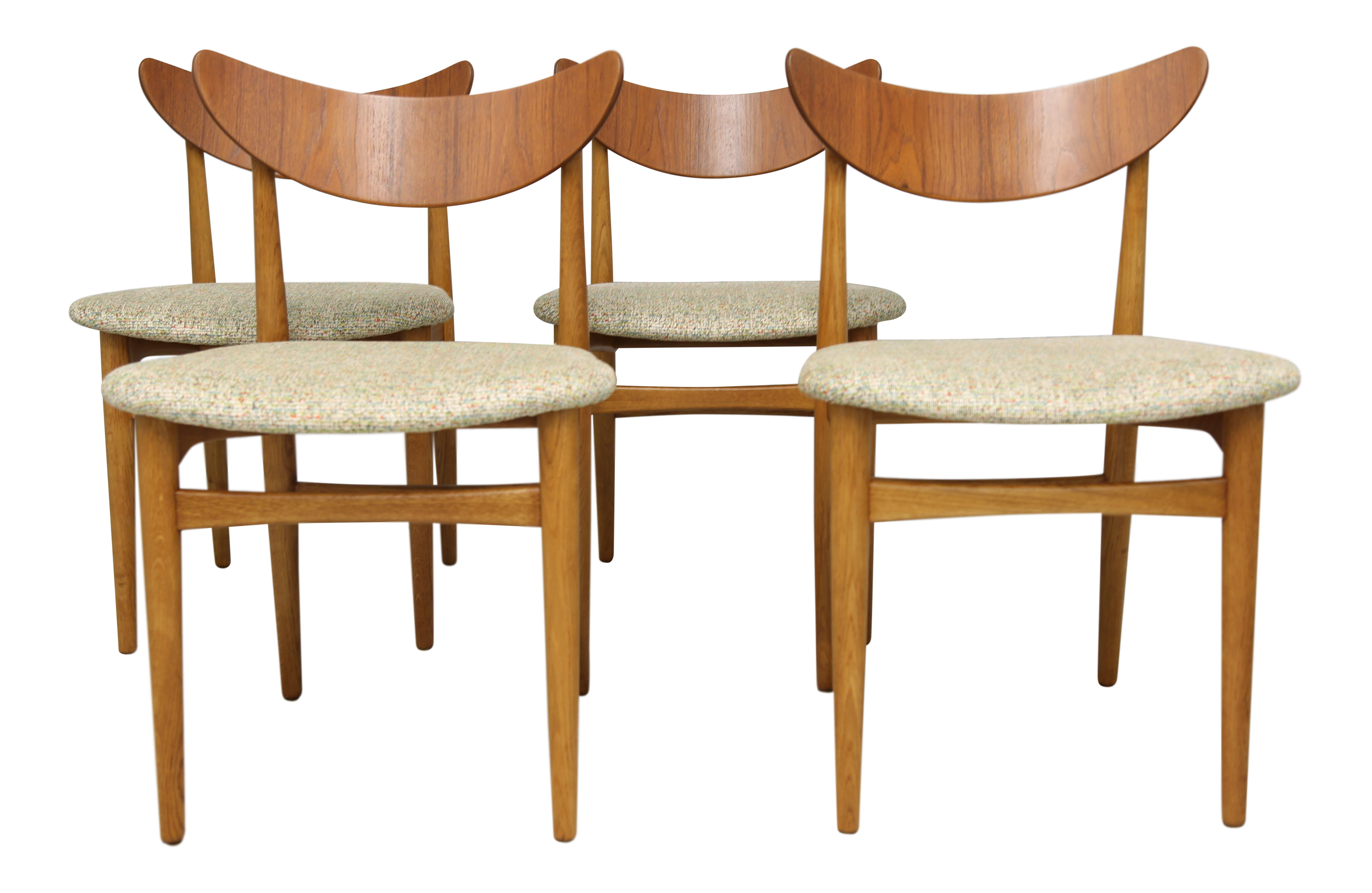 Picture of: Danish Mid Century Modern Dining Chairs Set Of 4 Chairish