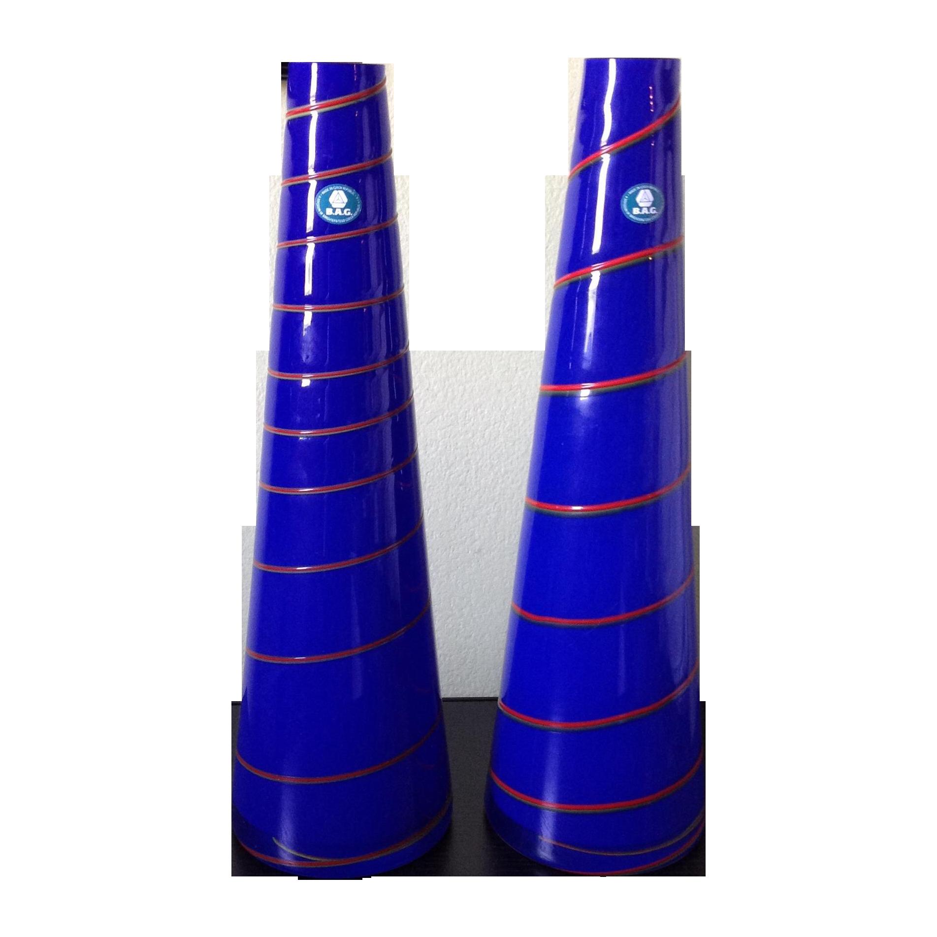 Vintage modern cobalt blue art glass vase a pair chairish reviewsmspy