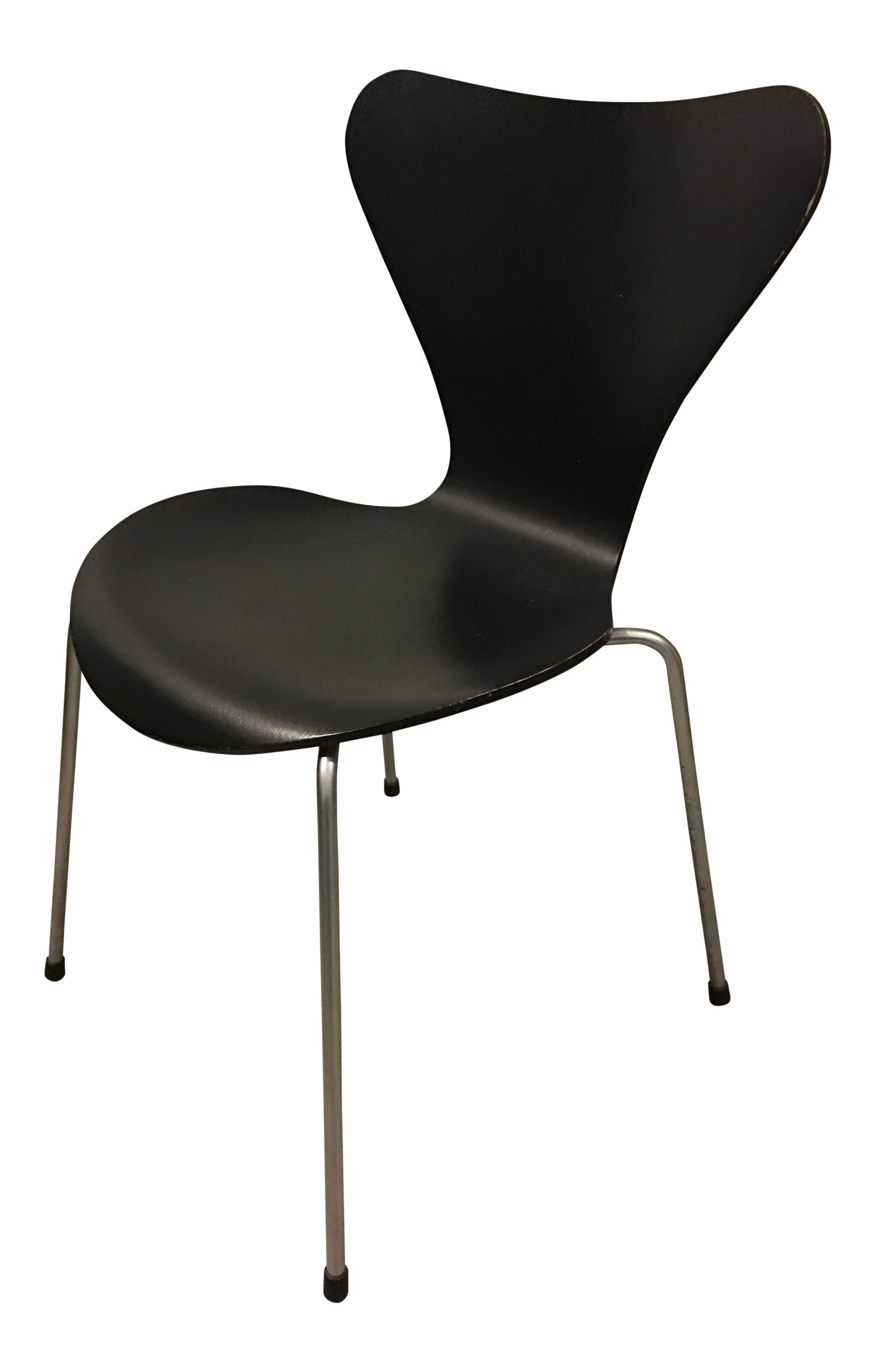 Contemporary Arne Jacobsen For Fritz Hansen Ash Black Series 7