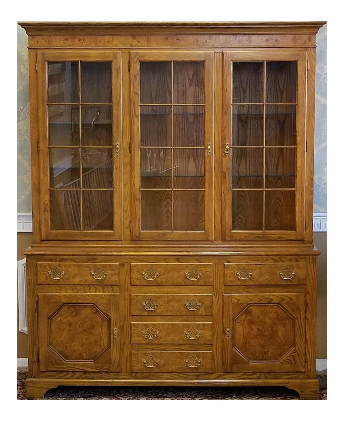 Baker Furniture Queen Anne Style Elm