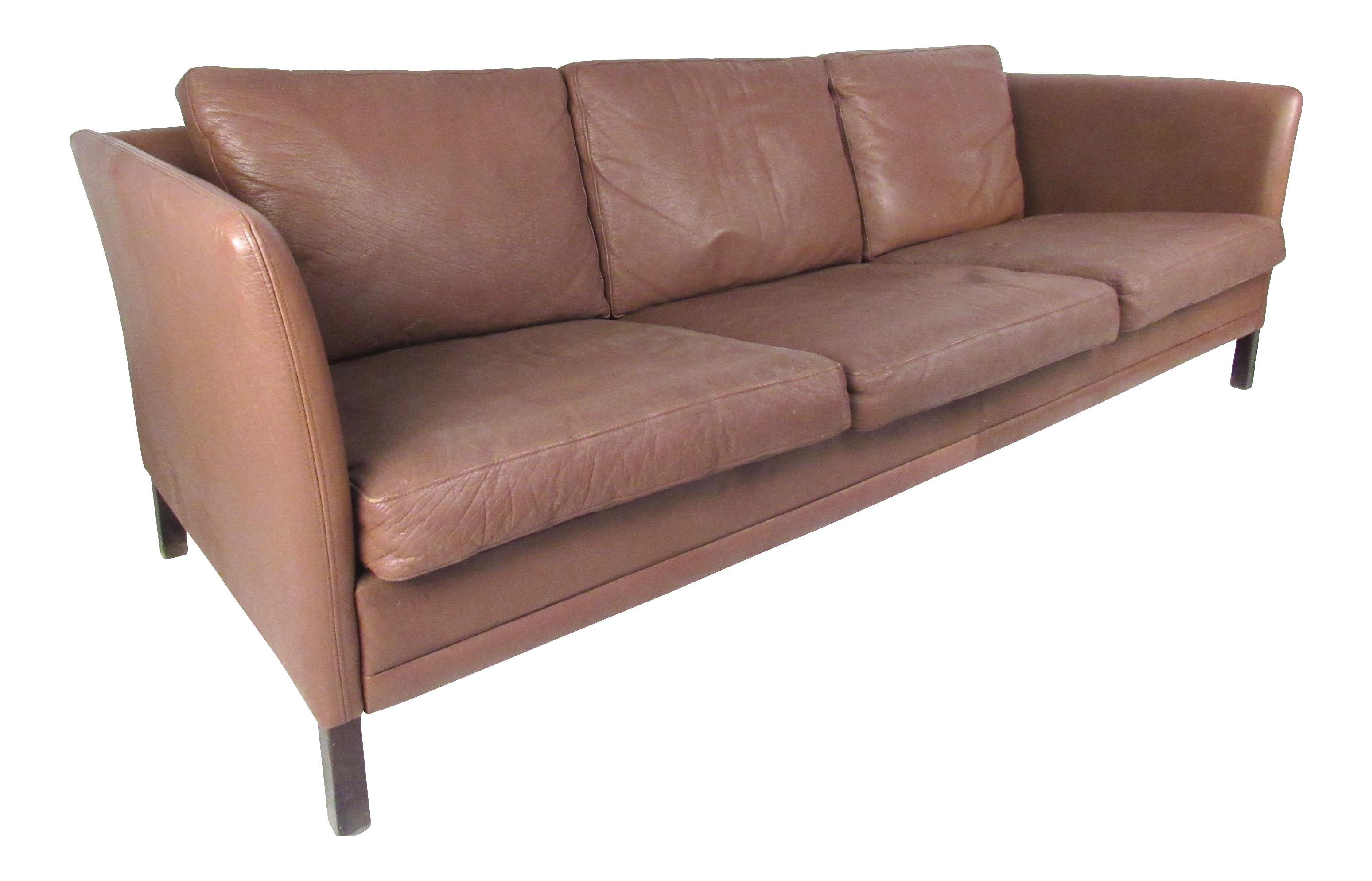 Dunflex Scandinavian Modern Leather Sofa
