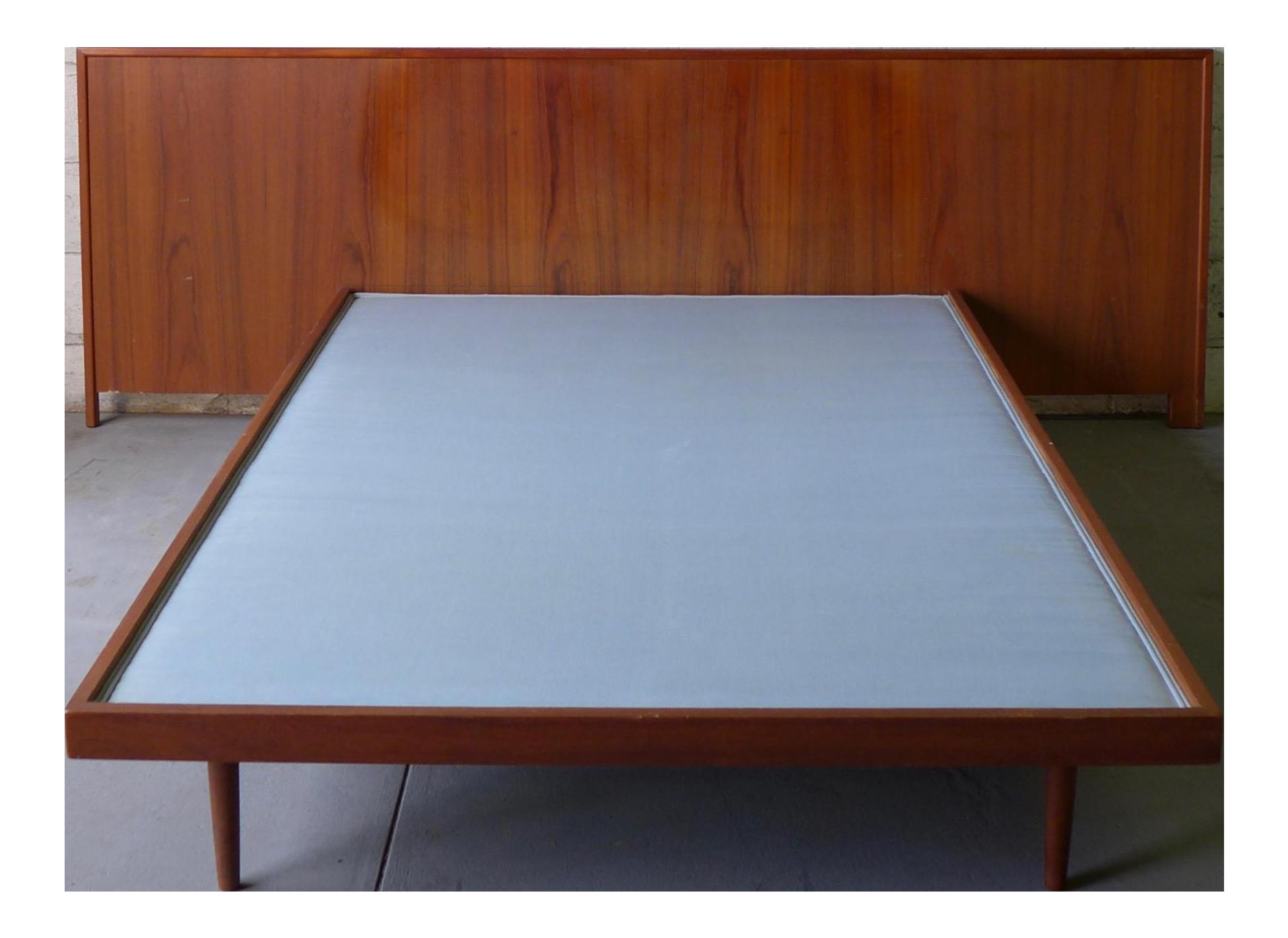 Mid Century Modern Full Size Teak Platform Bed Chairish