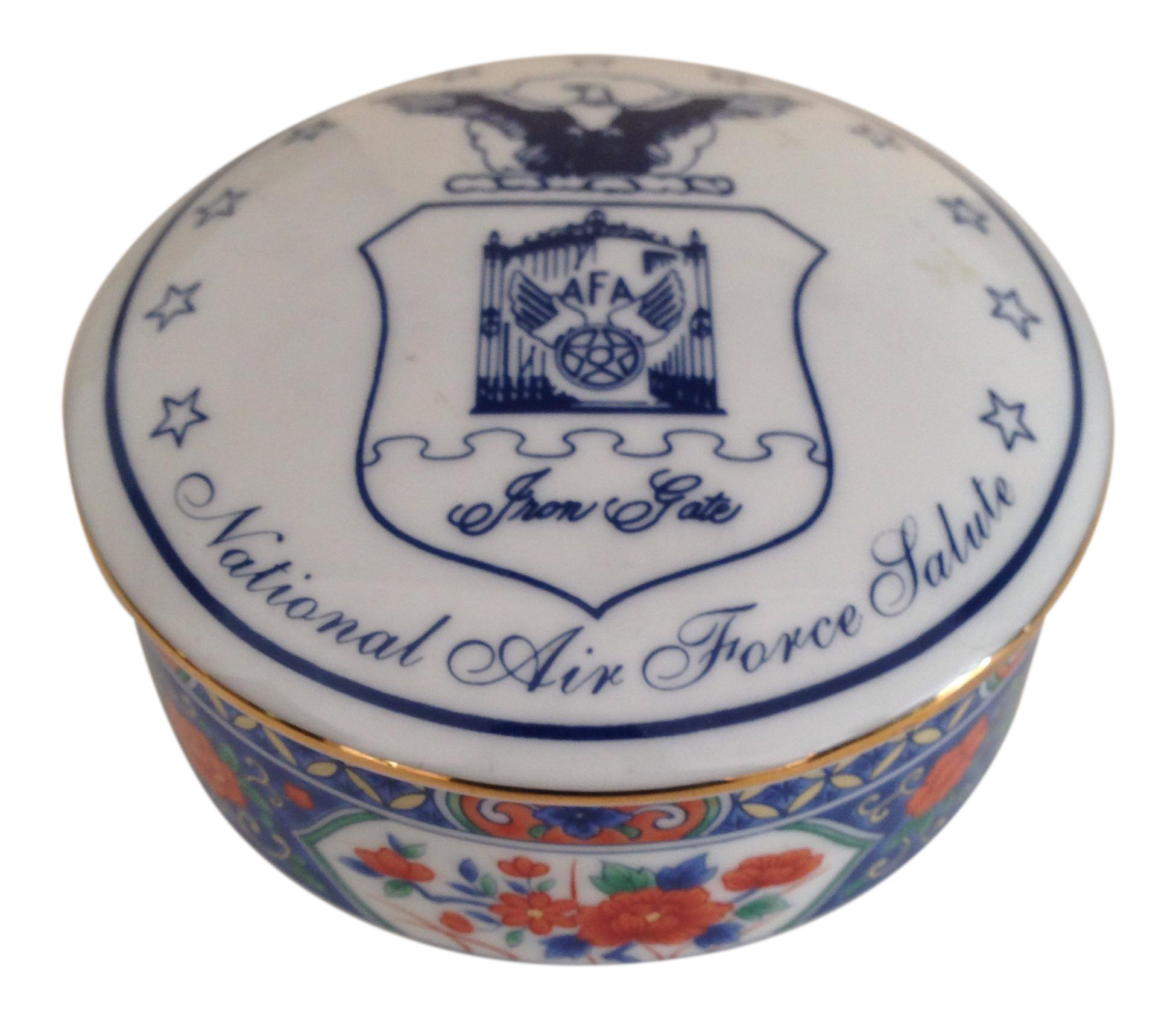 Gently used tiffany co decor up to 50 off at chairish tiffany co porcelain trinket box reviewsmspy