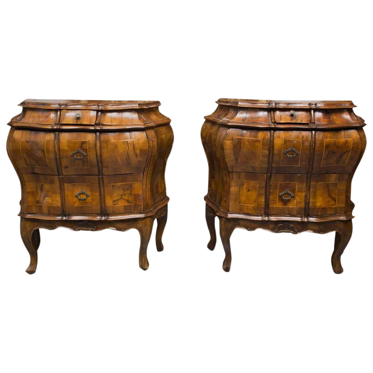 excellent 19th century pair of italian rococo style walnut commodes decaso. Black Bedroom Furniture Sets. Home Design Ideas