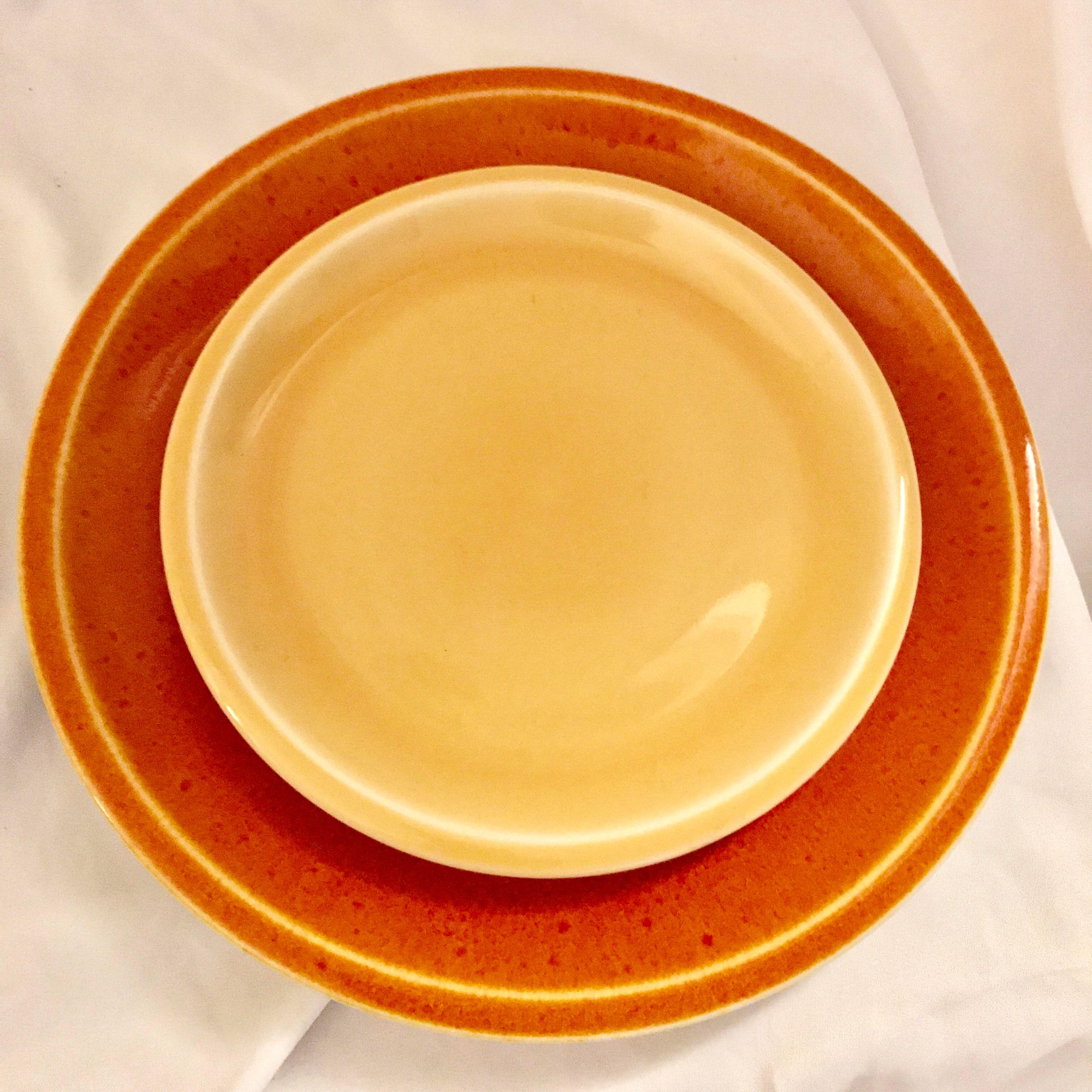 Jars of France Orange Dinner Plates u0026 Yellow Salad Plates - 8 Pieces - Image 2 & Jars of France Orange Dinner Plates u0026 Yellow Salad Plates - 8 Pieces ...