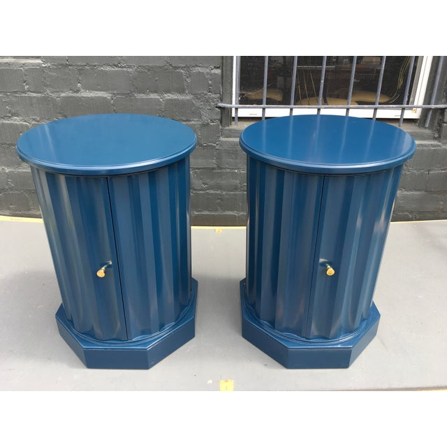 1950s Art Deco Dark Blue Lacquered Column Shaped Drum Tables - a Pair For Sale - Image 12 of 12