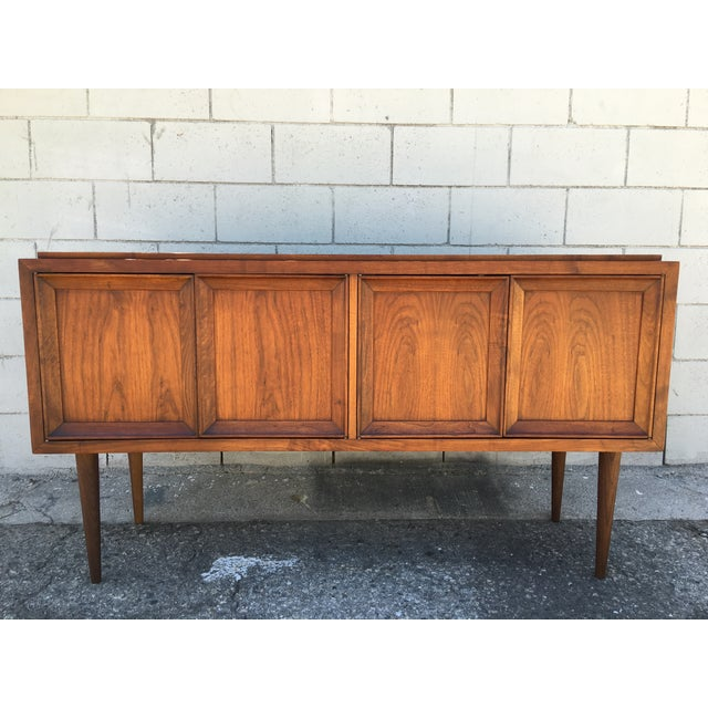 Mid-Century Modern Cabinet or Credenza - Image 11 of 11