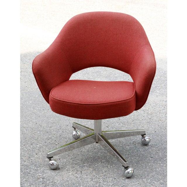 Saarinen Red Executive Office Desk Chair - Image 2 of 10