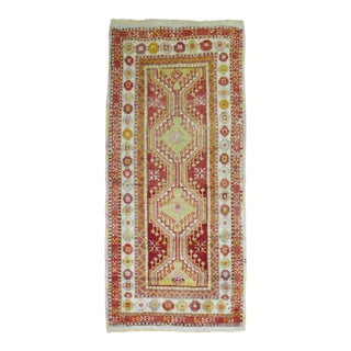 "Vintage Anatolian Rug - 2'8"" x 5'4"" For Sale"