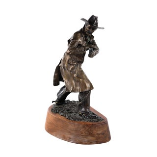 Glen Emmons Cowboy Drawing His Gun Western Bronze Sculpture For Sale