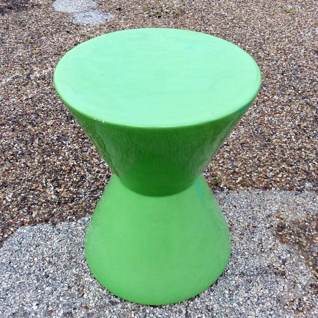 Mid Century Green Molded Fiberglass Modernist Corseted Side Table For Sale In Dallas - Image 6 of 6