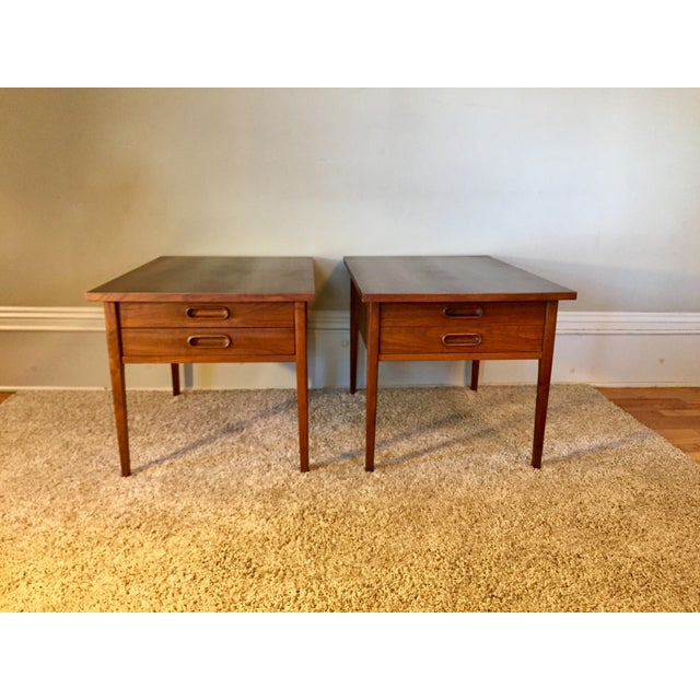 Jack Cartwright End Tables for Founders - A Pair For Sale - Image 9 of 11