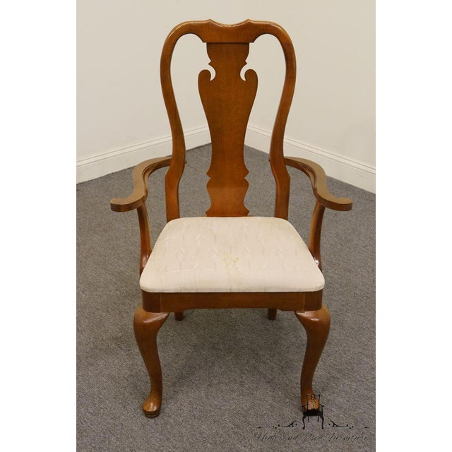 Queen Anne Thomasville Furniture Winston Court Collection Queen Anne Dining Arm Chair For Sale - Image 3 of 9