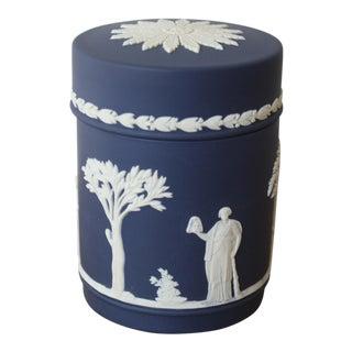 20th Century English Traditional Wedgwood Jasperware Trinket Box For Sale
