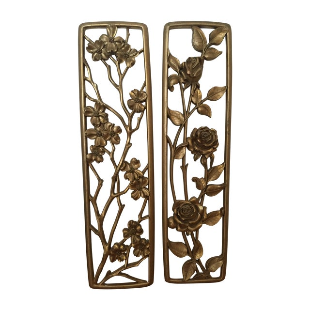 Vintage Floral Wall Plaques - Set of 2 - Image 1 of 5