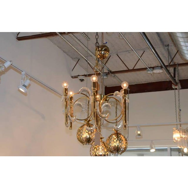 Gaetano Sciolari Lucite and Brass Chandelier - Image 5 of 6