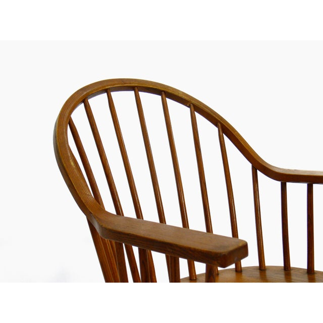 Claud Bunyard for Nichols & Stone Continuous Bow Back Windsor Chair - Image 5 of 6