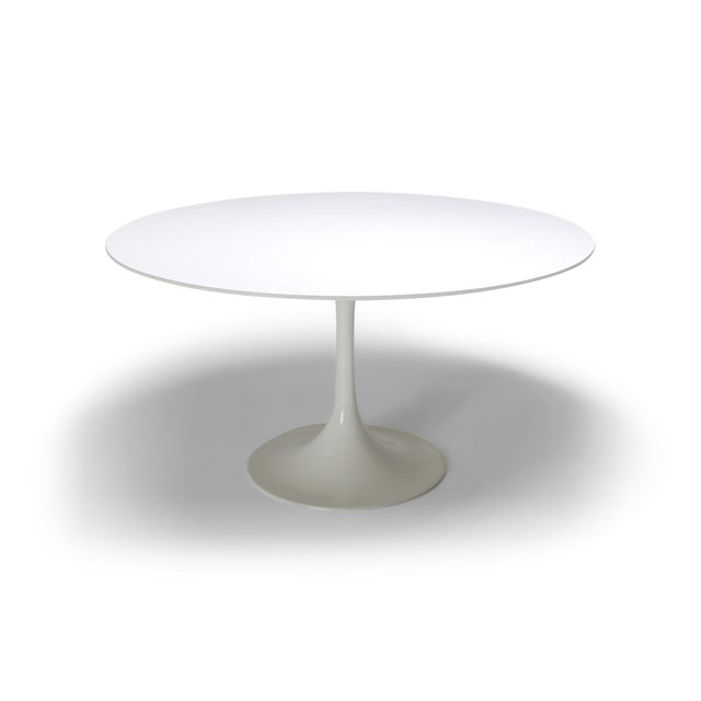 "1970s Eero Saarinen ""Tulip"" Dining Table for Knoll For Sale - Image 10 of 10"