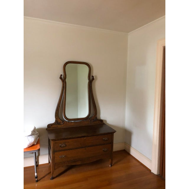Traditional 1940s Vintage Vanity With Mirror For Sale - Image 3 of 5