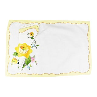 Yellow Floral Fabric Placemats and Napkins - Set of 5 Napkins 6 Placemats For Sale