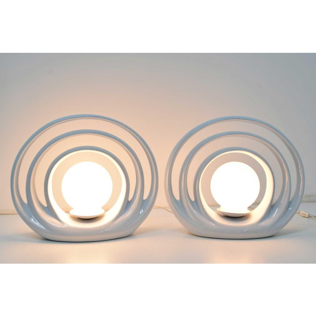 White Mid-Century Circular Table Lamps, 1960s - a Pair For Sale - Image 8 of 8