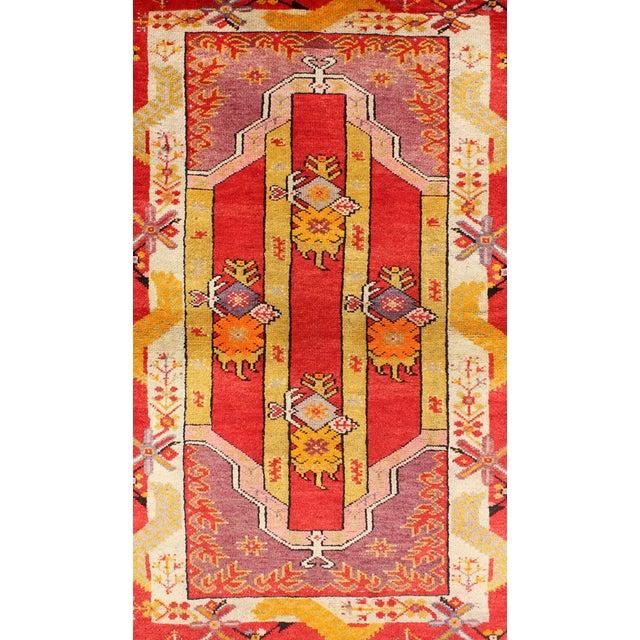 Turkish Keivan Woven Arts, L11-0802, 1920s Antique Turkish Oushak Rug - 3′ × 4′10″ For Sale - Image 3 of 7