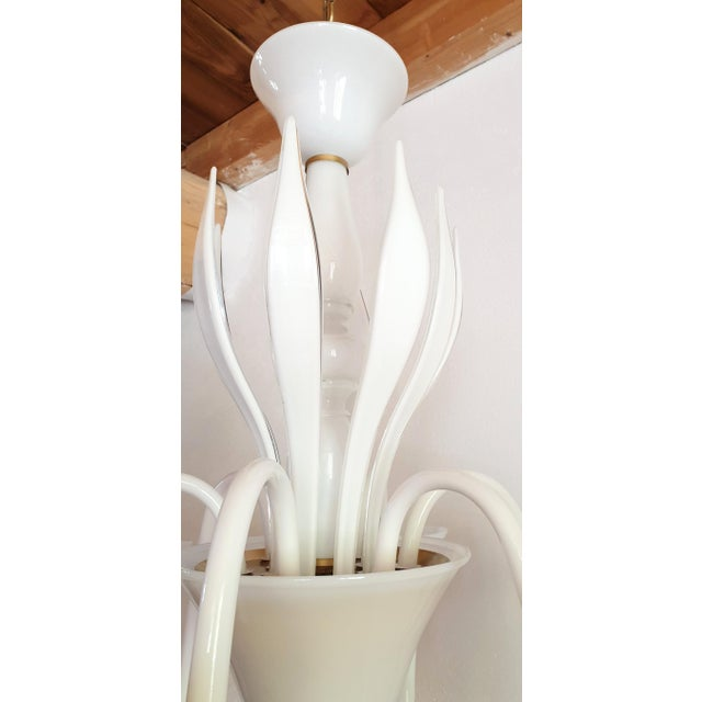 1970s Large Mid-Century Modern 6 Lights Milk Murano Glass Chandelier by Venini For Sale - Image 5 of 11