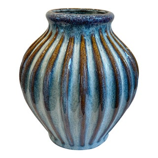 Vintage Ribbed Glazed Pottery Vase For Sale