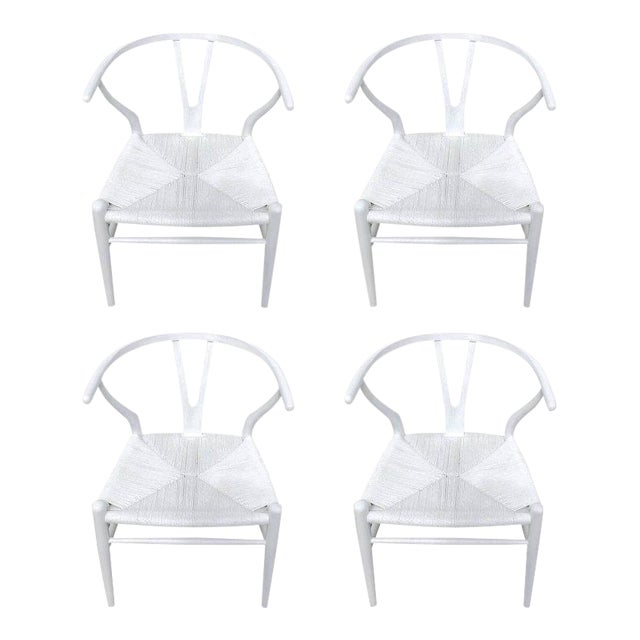 Hans Wegner Wishbone Chairs, CH24 in White - Set of 4 For Sale