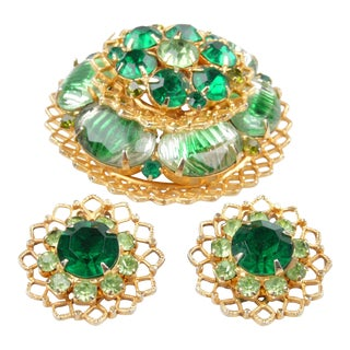 Brooch & Earrings Set in Emerald Green, 3 Pieces For Sale