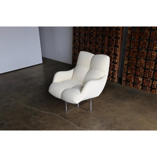 Vladimir Kagan Lucite and Bouclé Swivel Lounge Chair Circa 1970 For Sale - Image 13 of 13