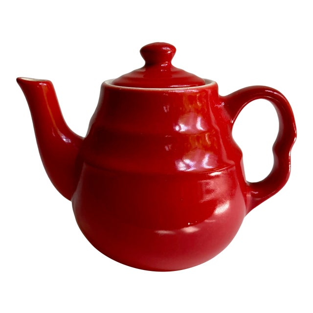 Universal Cambridge Red Ceramic Beehive Tea Pot For Sale