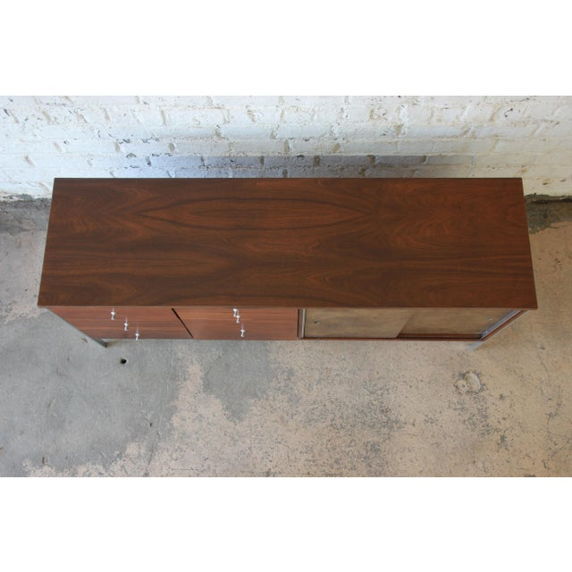 Early 21st Century Paul McCobb Area Plan Units Mid-Century Modern Walnut Low Credenza For Sale - Image 5 of 14