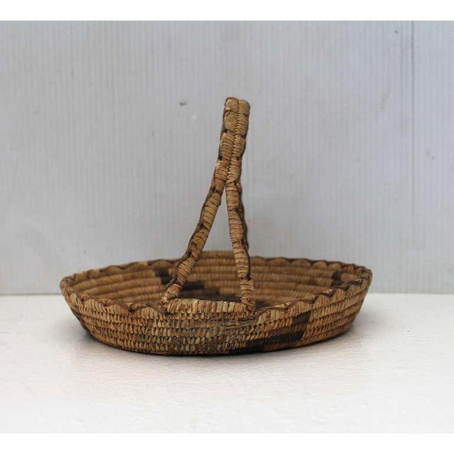 Early 20th Century Papago Indian Handled Basket For Sale In Los Angeles - Image 6 of 8