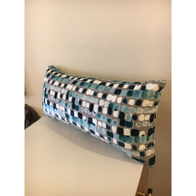 Beautiful velvet lumbar pillow by custom workroom. Used for photoshoot - never used other than that. Alternative insert....