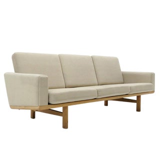 Hans J. Wegner Model Ge-236/3 Seater Sofa, 1950s For Sale