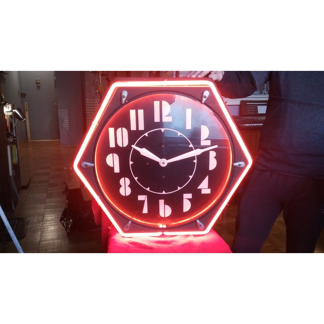 Vintage Electric Neon Deco Face Clock - Image 2 of 4