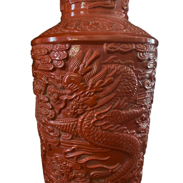 Chinoiserie Large Porcelain Dragon Vase For Sale In New York - Image 6 of 9
