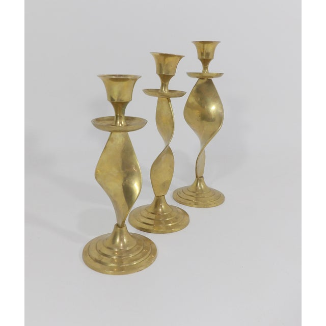 Brass Mid Century Modern Gatco Twisted Brass Candlesticks - Set of 3 For Sale - Image 7 of 10